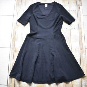 NWT Anne Klein Black Fully-Lined Midi S/S Dress
